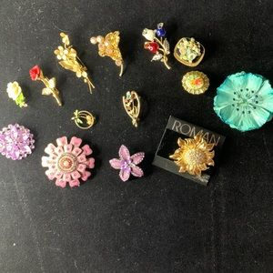 Brooches Lot of 14